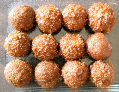 fig and date balls