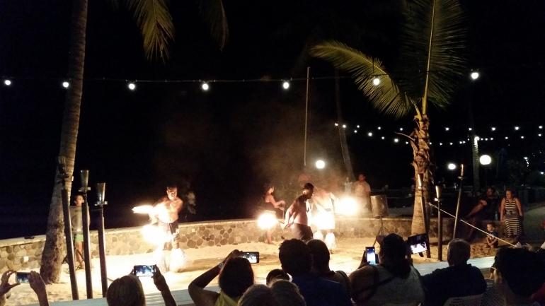 Radisson Blu Fiji fire show