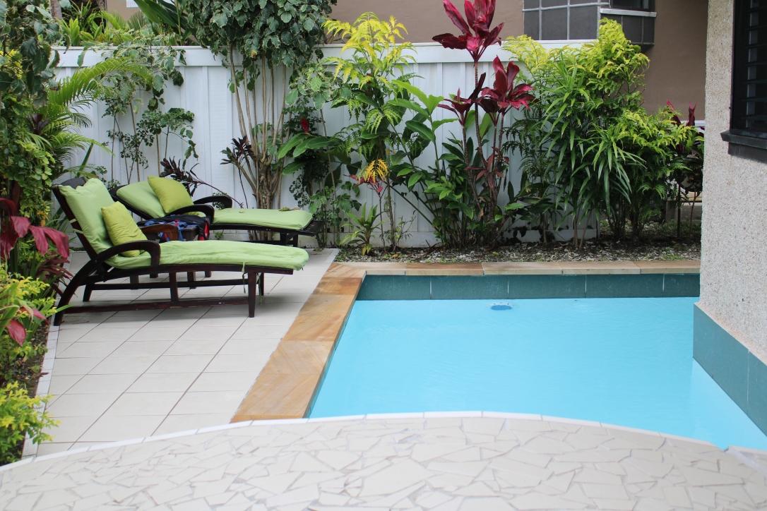 Koro Sun ocean bure pool