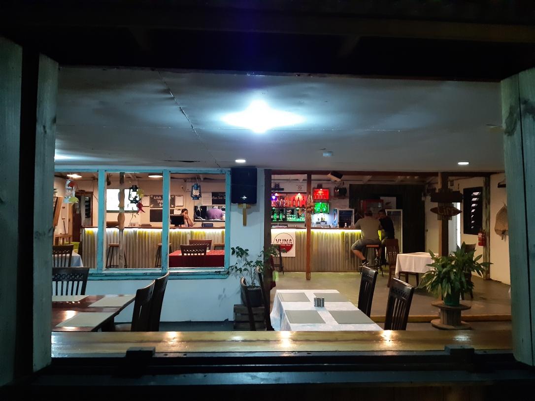 Vuna Bar Tonga