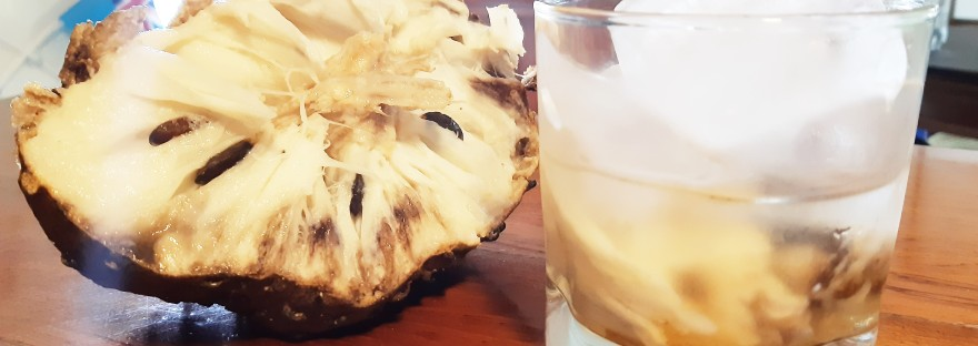 Soursop rum cocktail