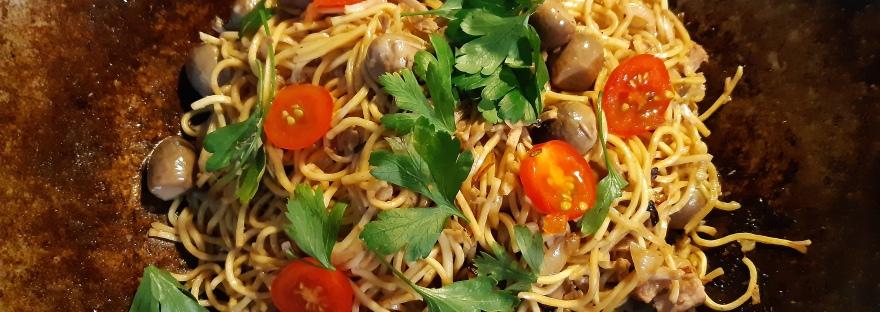wok fried vegetarian noodles
